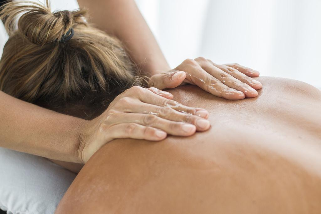 Massage eskilstuna sexiga mogna kvinnor