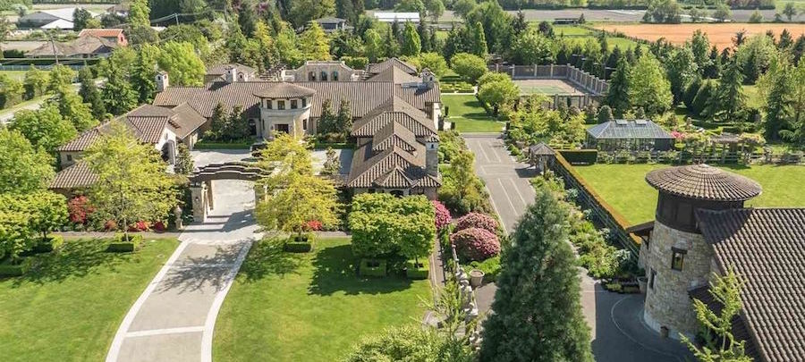 Mandarin Speaking Lady's Maid for Stunning Family Estate in Richmond, British Columbia
