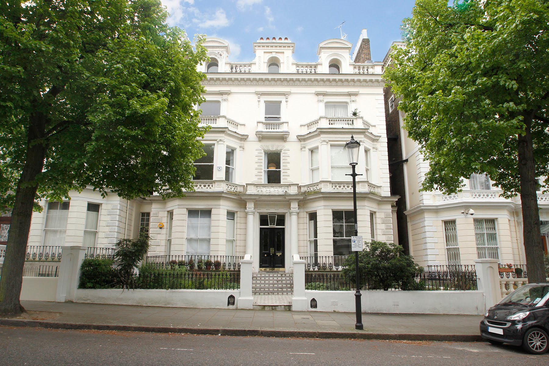full time live in domestic couple sought for holland park jobs