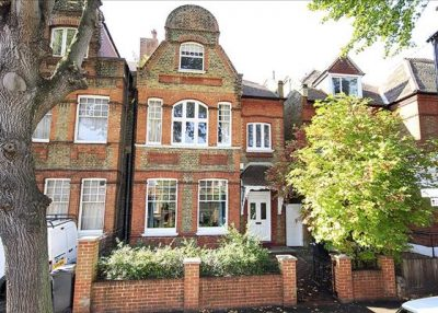 Child Friendly Part Time Housekeeper Sought for Chiswick