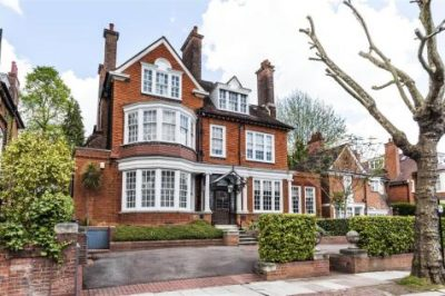 Full Time Experienced Nanny Sought for Family in Hampstead