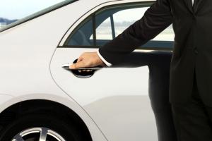 hand on car door